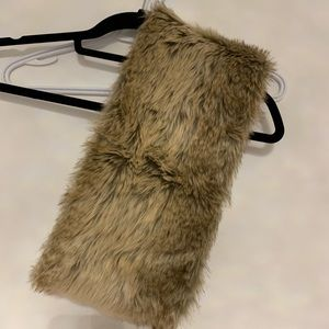 Other - Bench faux fur 360 Scarf